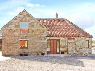 THE WHEELHOUSE, pet friendly, character holiday cottage, with a garden in