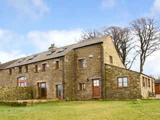 USHERWOODS DAIRY, pet friendly, luxury holiday cottage, with a garden in Tatham