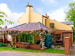 WYCHWOOD, pet friendly, character holiday cottage, with a garden in Grosmont Near Whitby, Ref 1131