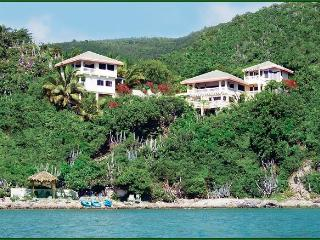 "OCEANFRONT LUXURY! 74 '5-STAR"" Reviews/Sleeps 2-14, Virgin Gorda"
