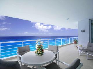Nah ha 401 - Amazing oceanfront condo, Cozumel