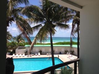 North Beach Townhouse9, Miami Beach