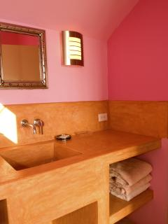 En suite bathroom Master 1