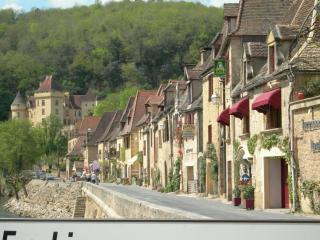 LaRoque Gageac, One of the most beautiful villages of France