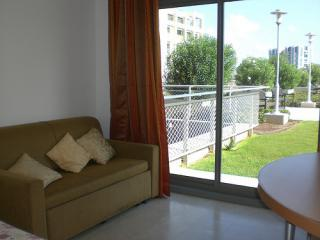 israel holidays apartment, bedroom 2
