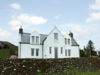 KINTILLO, pet friendly, country holiday cottage, with a garden in Dunvegan, Isle Of Skye, Ref 1370