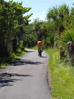 25 miles of bike/hike paths
