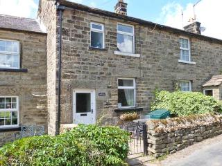 NIDCOT, family friendly, character holiday cottage, with open fire in Lofthouse,