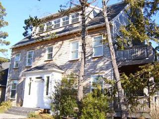 Camelot 4 Bedroom Vacation Rental, Depoe Bay