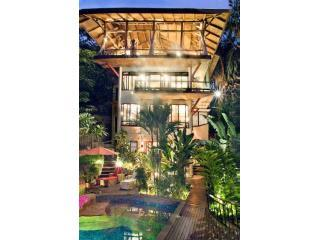 Casa Vista Azul-As seen on HGTV Tropical Mansion, Manuel Antonio National Park