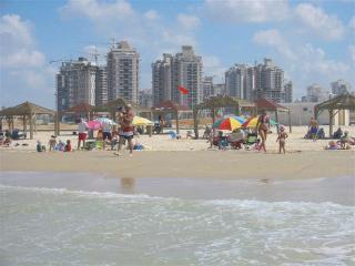 Luxury Seafront Apartment on Poleg Beach Netanya