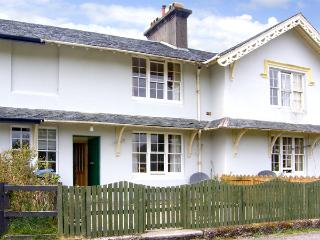 5 LARACHBEG, pet friendly, country holiday cottage, with a garden in Lochaline, Ref 2985, Oban