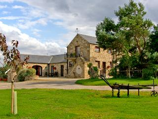 MILLSTONES, romantic, country holiday cottage in Gilling West Near Richmond