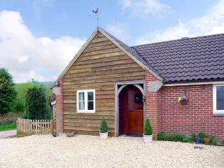 THE OLD TACK ROOM, pet friendly, country holiday cottage, with a garden in, Sturminster Newton