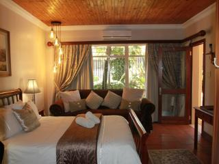 Lamor Guest House - The HOME away from HOME -, Middelburg
