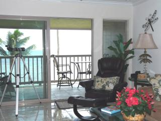 Luxury Oceanfront Condo on Molokai