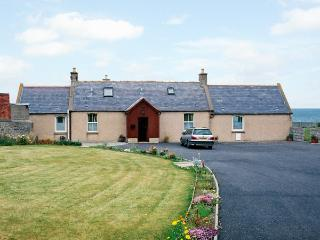 BRAEHEAD CROFT, pet friendly, with a garden in Portessie, Ref 1543