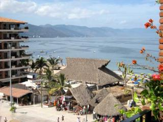 Old Town 1 br on Los Muertos Beach Plaza Mar 606, Puerto Vallarta