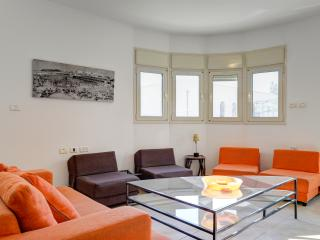 3 Bedroom Family Apartment (Shenkin area)