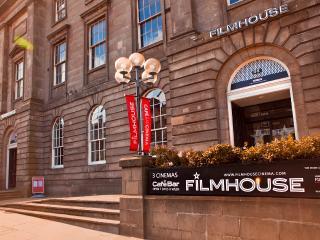 Castle View Apartment at Castle Terrace - The Edinburgh Address