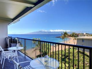 Gorgeous House in Lahaina (Whaler #708 (1/2 Ocean View))