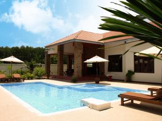 Baan Oriental, Chic Pool Villa in Ao Nang, Krabi, Krabi Town