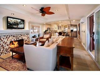 Laguna Vista Beach Steps!  Aug 2-6 avail $575/nt