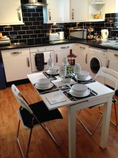 Dine in Style in Boswell Lower
