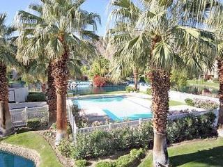 Fabulous Condo in La Quinta (La Quinta 2 BR & 3 BA Condo (183LQ))