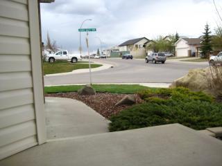 Vista frontal de la calle