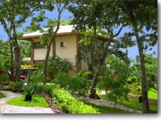 CASA & CASITAS LINDA VISTA  -  PEACEFUL & PRIVATE, Playa Grande