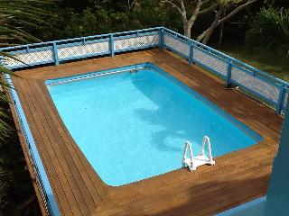 Nevis Vacation House with Pool & views of mountain