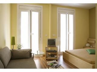 Aparteasy - Cute, stylish apartment in GRACIA area, Barcelona