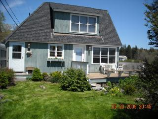 The Boathouse - Artist/Writer's Dream Cottage, Chamberlain