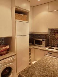 Another look at the kitchen