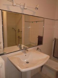Bathroom with a nice big mirror