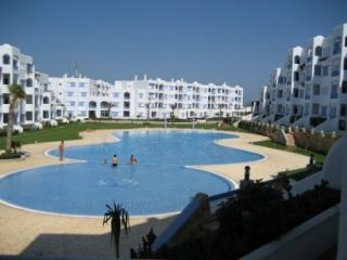 MOROCCO MED COAST 2 BED LUXURY APARTMENT, Tetouan