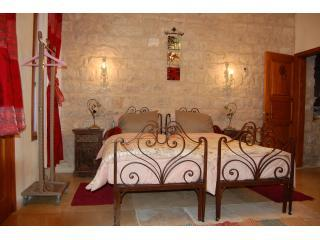 Beit Yosef Bed and Breakfast ,Safed,Zefat,tsfat,, holiday rental in Qatsrin