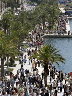 Riva ( sea-port) at Sunday