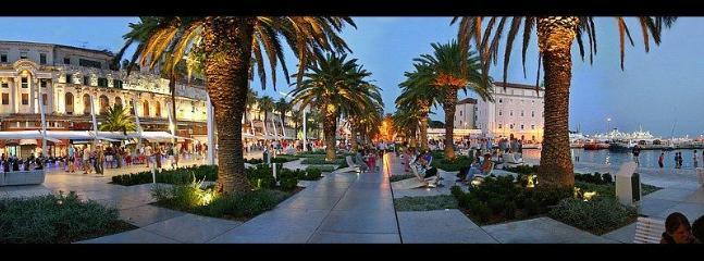 Riva sea-port promenade