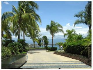 Main entrance to Punta Esmeralda