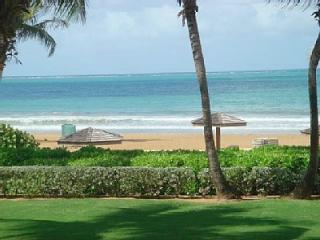 Private Beachfront Villa at Wyndham Rio Mar Resort, Río Grande