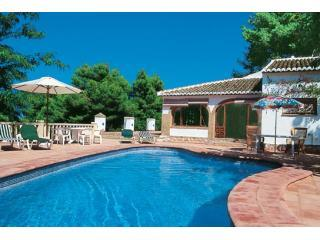 Villa Alison, 5 bed, 5 bath, pool, great bbq area, Javea