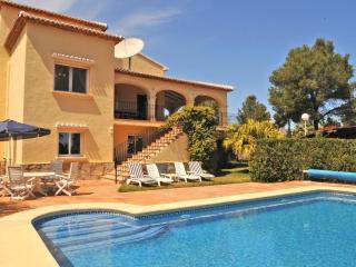 Villa Alfa Jávea, pool, air-con, nr Arenal beach, Javea