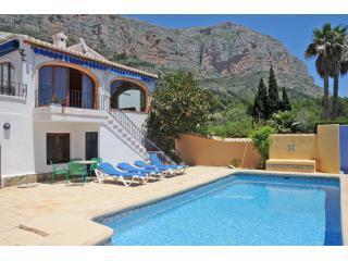 Villa Colores Jávea, pool, air-con, valley views