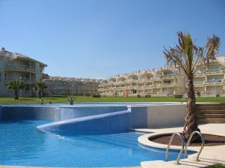 Relax in this beachfront fully-equipped apartment, Alcossebre