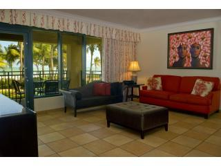 Three bedroom Ocean Villa @ Wyndham RioMar Resort!, Rio Grande