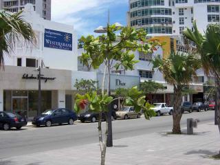 1 Bedroom Condo In The Heart Of Condado, San Juan
