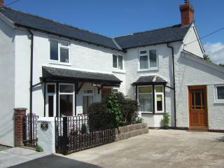 Mount View Cottage in delightful rural Shropshire, Shrewsbury