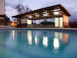 Alegro Premium Family Vacation Condo / Guacima Coyol Belen Santa Ana SJO Airport